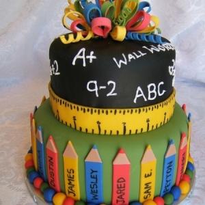 shkolnaya-svadba-tort-01