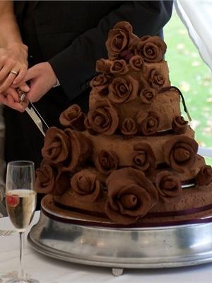 shokoladniy-svadebniy-tort-0008