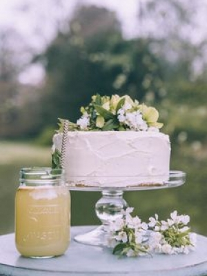 small_wedding_cake_07