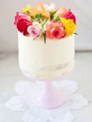small_wedding_cake_09