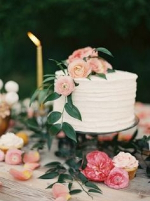 small_wedding_cake_19