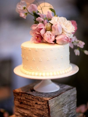 small_wedding_cake_21