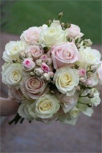 spray_rose_bouquet_30