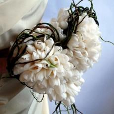 okura-tulips-and-salix-2