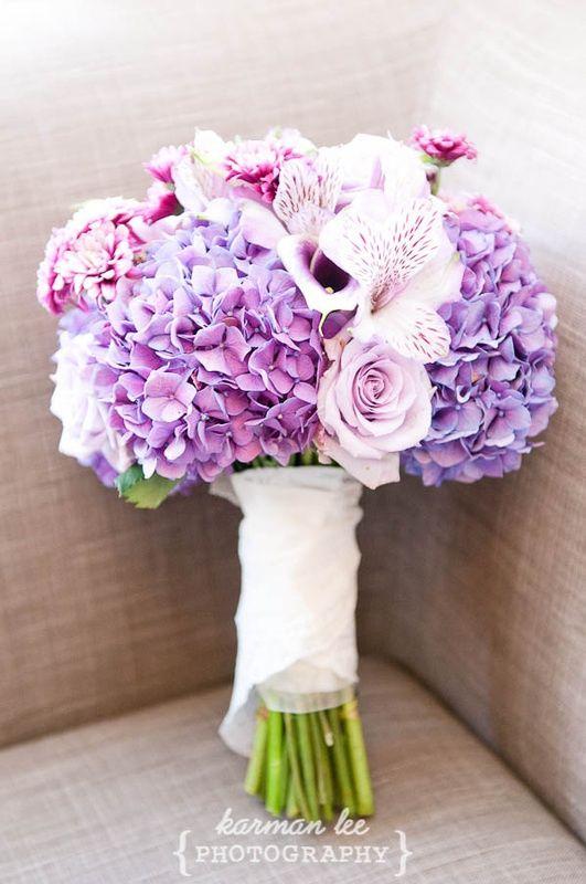 Объемные цветы из бумаги для украшения зала