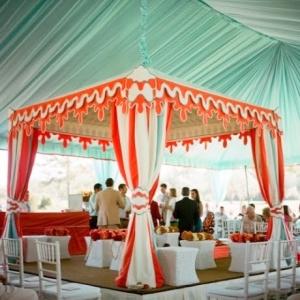 svadba-v-shatre-idei-oformleniya-15