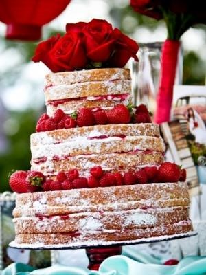 svadebniy-tort-s-yagodami-0003