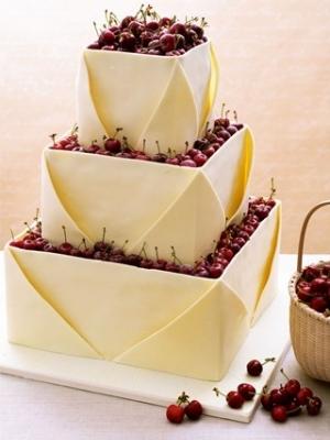 svadebniy-tort-s-yagodami-0005