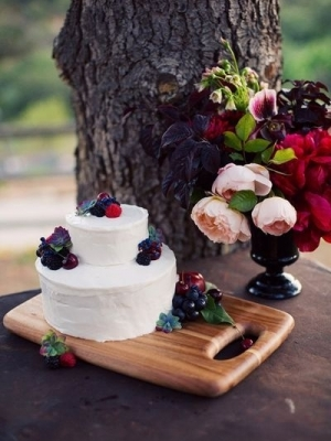 svadebniy-tort-s-yagodami-0014