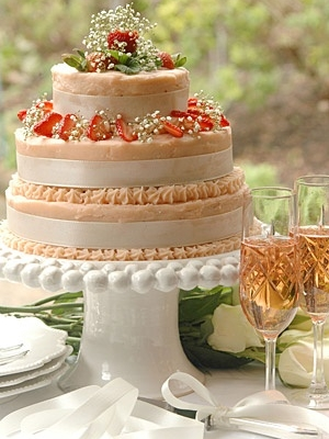 svadebniy-tort-s-yagodami-0028