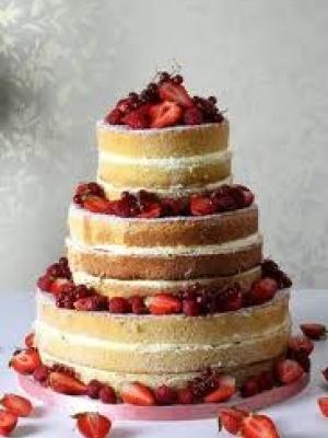 svadebniy-tort-s-yagodami-0038