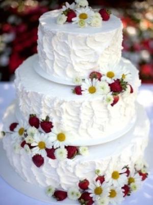 svadebniy-tort-s-yagodami-0045