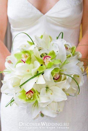 Букет из фаленопсиса свадебный