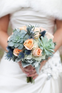 thisle_wedding_bouquet_01
