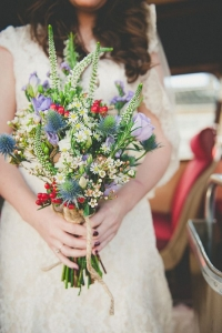 thisle_wedding_bouquet_04