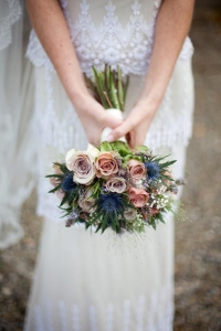 thisle_wedding_bouquet_08