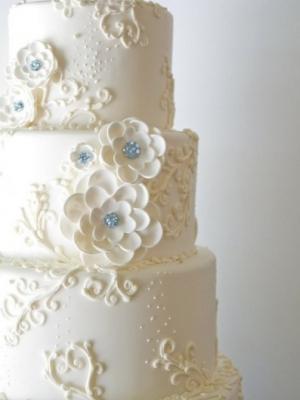 svadebniy-tort-goluboy-0055
