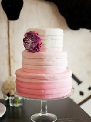 svadebnii-tort-ombre-gradient-0026