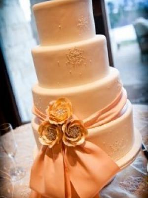 svadebnii-tort-oranjevii-04