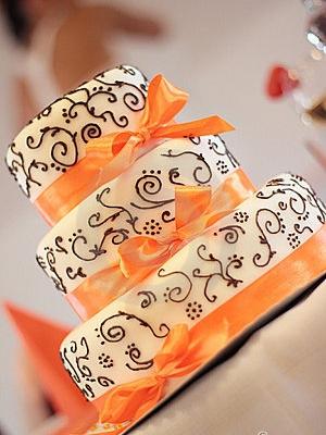 svadebnii-tort-oranjevii-28