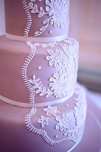 свадебный маникюр в сиреневых тонах фото