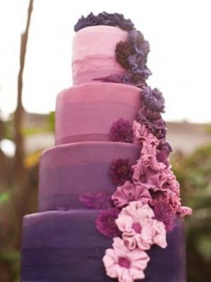 svadebnii-tort-sirenevii-fioletovii-11