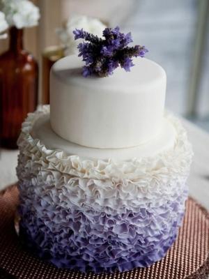 svadebnii-tort-sirenevii-fioletovii-24