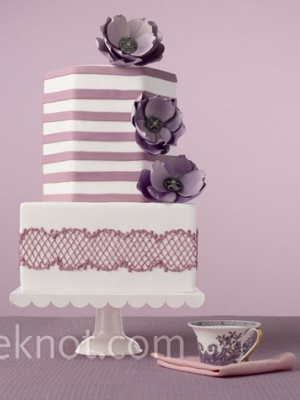 svadebnii-tort-sirenevii-fioletovii-31