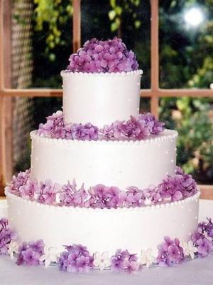 svadebnii-tort-sirenevii-fioletovii-33