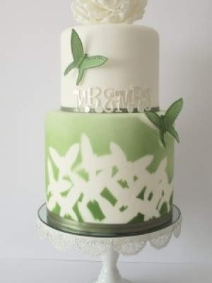 svadebnie-torti-v-zelenom-cvete-03