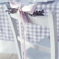ukrashenie-stuliev-dlya-svadbi-cveti-11