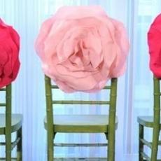 ukrashenie-stuliev-dlya-svadbi-cveti-7