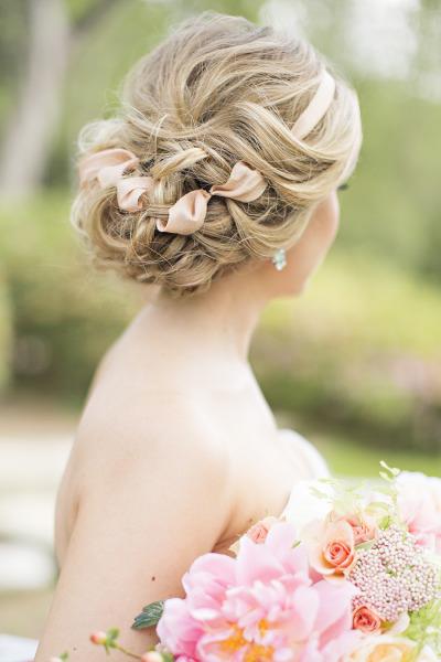 Свадебные прически с забранными волосами