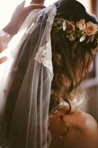 veil_and_flowers_with_hoop-4