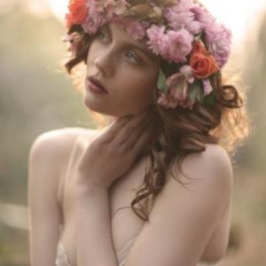 bridal-garland-466x700