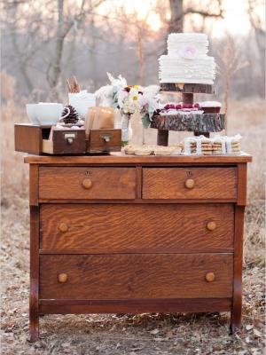 vintage_dessert_table_27