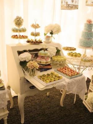 vintage_dessert_table_41