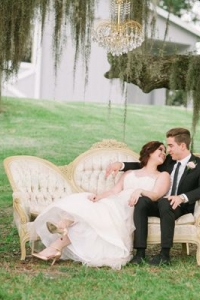 vintage_wedding_furniture_01