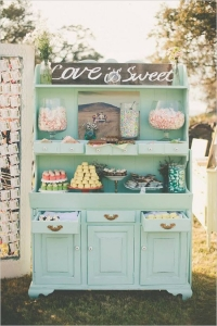 vintage_wedding_furniture_14