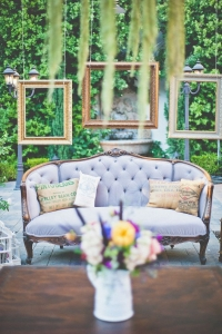 vintage_wedding_furniture_15
