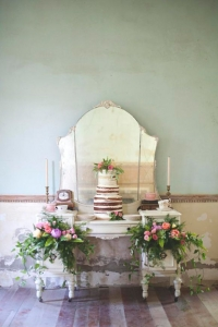 vintage_wedding_furniture_24