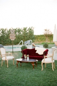 vintage_wedding_furniture_26