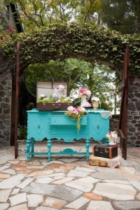 vintage_wedding_furniture_28