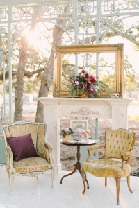 vintage_wedding_furniture_32
