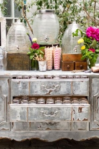 vintage_wedding_furniture_36