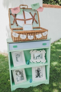 vintage_wedding_furniture_39