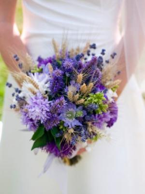 buket-nevesti-iz-polevih-cvetov-10