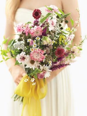 buket-nevesti-iz-polevih-cvetov-12