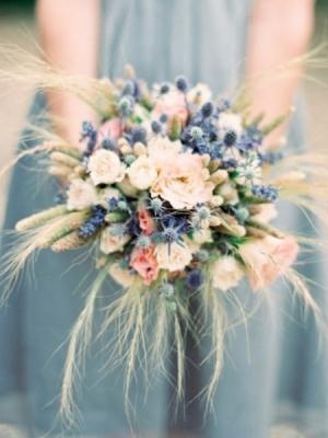 buket-nevesti-iz-polevih-cvetov-9
