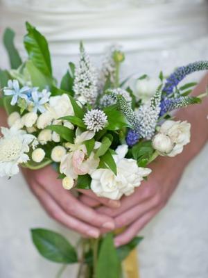 buket-nevesti-iz-polevih-cvetov